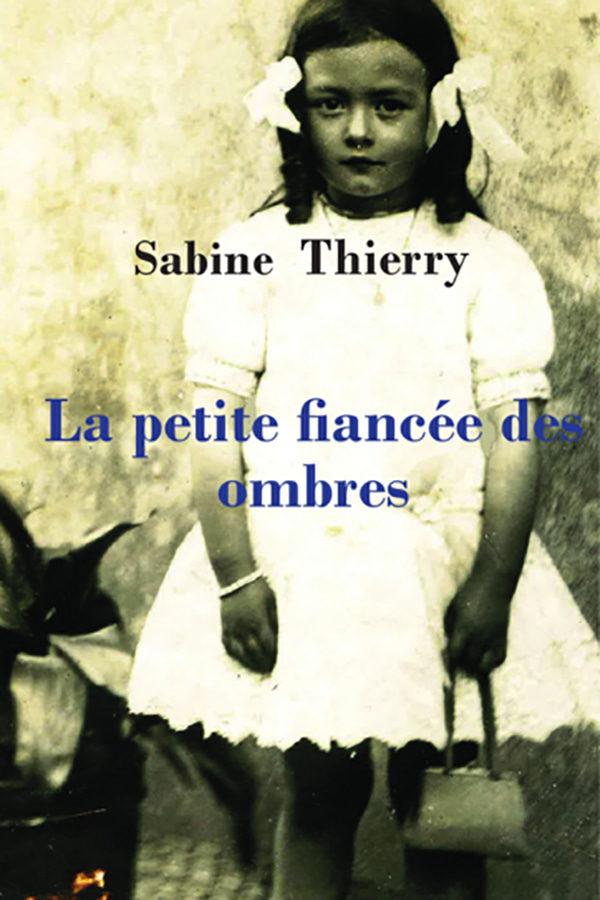 Couverture du livre La petite fiancée des ombres de Sabine Townson